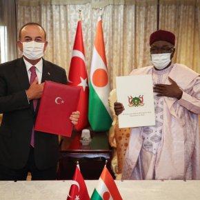 Η Τουρκία εισχωρεί ΚΑΙ στον Νίγηρα, στα νότια τηςΛιβύης