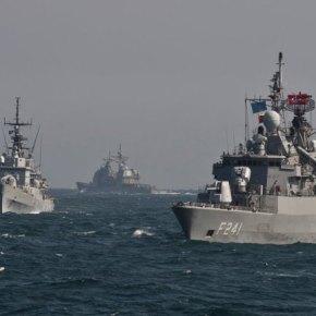 """Το αμερικανικό CVN-69 έρχεται, η τουρκική """"αρμάδα του Προφήτη"""" απλώςφεύγει"""