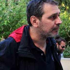 Σ.Χίος: Σοκαριστικές εικόνες από την στιγμή της δολοφονικής επίθεσης έξω από το σπίτι του(βίντεο)