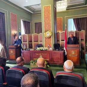 Έπεσαν οι υπογραφές: Συμφωνία Ελλάδας και Αιγύπτου για οριοθέτηση των θαλασσίων ζωνών[video]