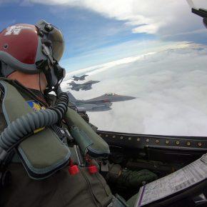 Τα ελληνικά F-16V θα μπορούν να κάνουν ηλεκτρονική κρούση και παρεμβολή σε Α/Α πυραύλους με το ραντάρ APG-83 SABR, όπως ταF-35!