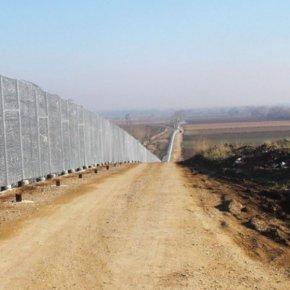 Έβρος: Επεκτείνεται κατά 27 χλμ. οφράχτης
