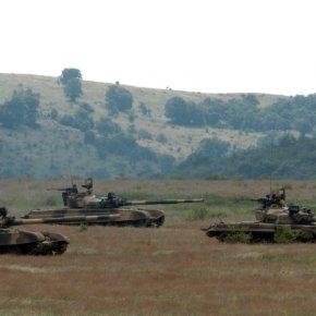 Η Βουλγαρία απειλεί με πόλεμο τα Σκόπια: «Θα στείλουμε το μηχανοκίνητο σύνταγμα και θα γκρεμίσουμε ταψευτοαγάλματα»