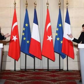 Ασφυκτικό «μαρκάρισμα» Μακρόν σε Ερντογάν – Καλεί την ΕΕ να λάβει μέτρα κατά τηςΤουρκίας