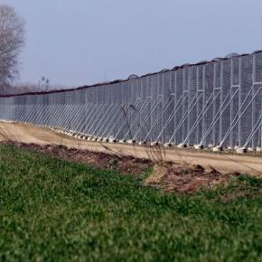 «Αστακός» ο Έβρος: Ο φράχτης «μεγαλώνει» και γίνεται «ασπίδα» μαζί με άλλα εργαλεία αποτροπήςΣτόχος να γίνει απροσπέλαστος ο Έβρος απέναντι σε κάθεαπειλή
