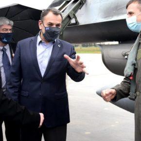 """Και ο ΥΕΘΑ στην ΕΑΒ για τα F-16V… Απόφαση για το """"αύριο"""" θα ληφθεί;(ΦΩΤΟ)"""
