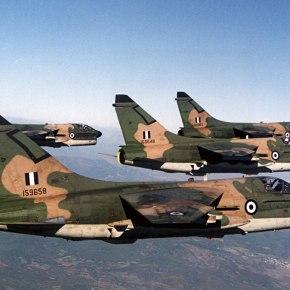 Μπορούν να επιστρέψουν τα A-7 Corsair σε υπηρεσία με τηνΠΑ;