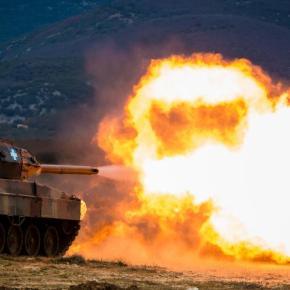 «Φωτιά και ατσάλι» στη Θράκη: Εντυπωσιακές εικόνες από την «THRACIAN COOPERATION–