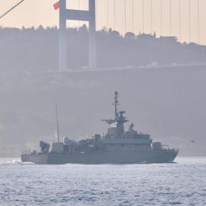ΤΠΚ Κρυσταλλίδης: Η ελληνική πυραυλάκατος κυματίζει υπερήφανα τη γαλανόλευκη στα Στενά τουΒοσπόρου