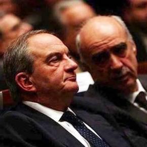 """Καραμανλής κατά Σημίτη: """"Αναγνώρισες δικαιώματα της Τουρκίας στο Αιγαίο, έδωσες και δεν πήρεςτίποτα"""""""