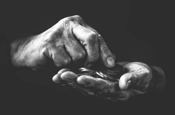 poverty-696x457