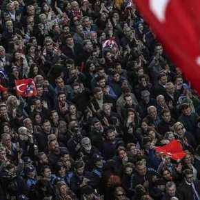 Oι Τούρκοι »κήρυξαν» τον »πόλεμο» στις ΗΠΑ: »Θα καταλάβουμε τοΙντσιρλίκ»