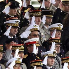 Η εξέγερση των στρατηγών: Οι Γάλλοι φοράνε στολές, όχι παντόφλες! Και δυστυχώς ξέρουν πολύ καλά τιλένε…