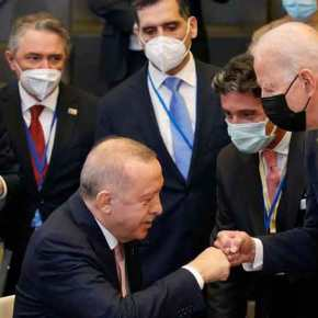 """Ο Ερντογάν τους κοροϊδεύει όλους: Δίνει υποσχέσεις, που δεν θα κρατήσει, στον κ. Μητσοτάκη, όλα """"εντάξει"""", ισχυρίζεται, με τον κ.Μπάιντεν!"""