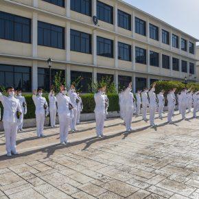 Πολεμικό Ναυτικό: Το μέλλον είναι εδώ! Ξίφη στους νέους Σημαιοφόρους(ΦΩΤΟ)
