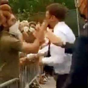 Μακρόν: Η στιγμή που πολίτης χαστουκίζει τον Γάλλο Πρόεδρο[vid]